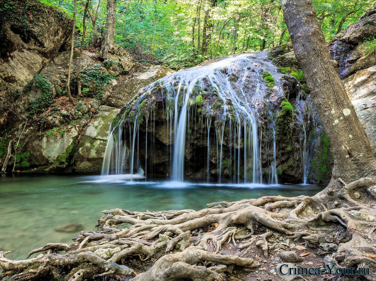 Алушта. Водопад Джур-Джур