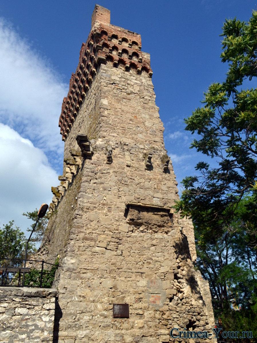 Феодосия. Башня Клемента VI