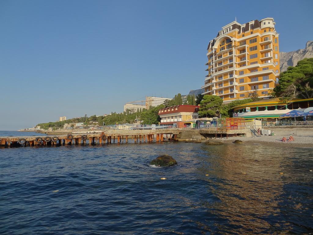 Пляж Русалка в Крыму