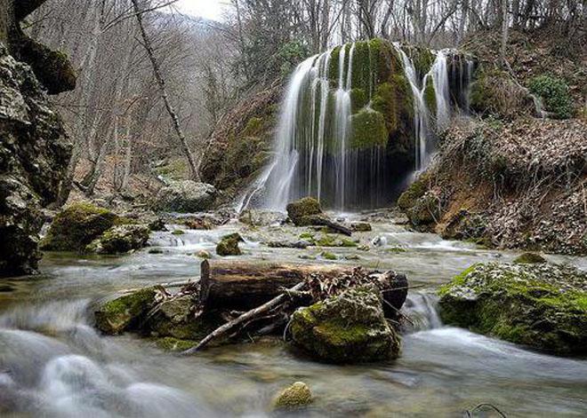 Серебряный водопад